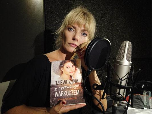Dziewczyna z czerwonym warkoczem - audiobook